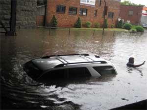 Flood_pic_(bridge_1)