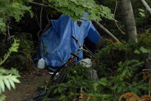 Homeless_camp__0002